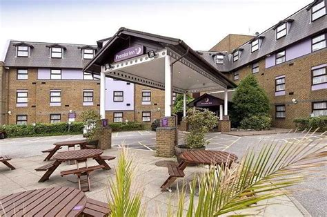 premier inn gatwick airport central hotel premier inn gatwick airport central crawley the