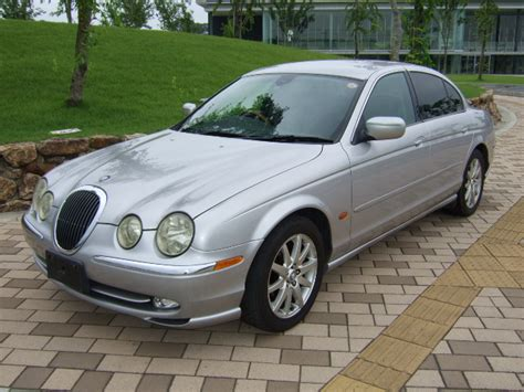 auto manual repair 2000 jaguar s type lane departure warning service manual 2000 jaguar s type how to fill new transmission with fluid service manual
