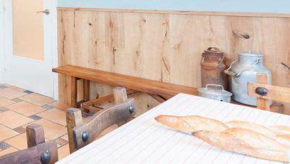decorar cocina roble decorar pared con friso osb con repisa iluminada decogarden