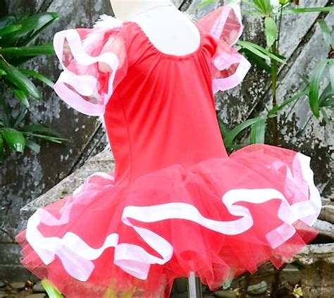 ulasan film merah putih jual baju ballet anak merah putih ratih dewe tokopedia