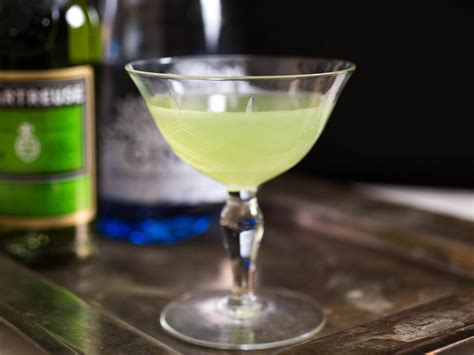 cocktail drinks on the 25 cocktails everyone should serious eats