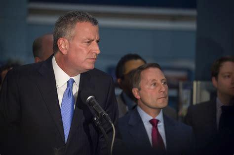 Mayor De Blasio Office by New York Nyc Mayor Disbanded Unit Alienated Muslim