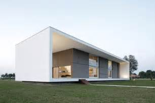 Minimalist Modern Design by Italian Home Architecture Super Minimalist House Design
