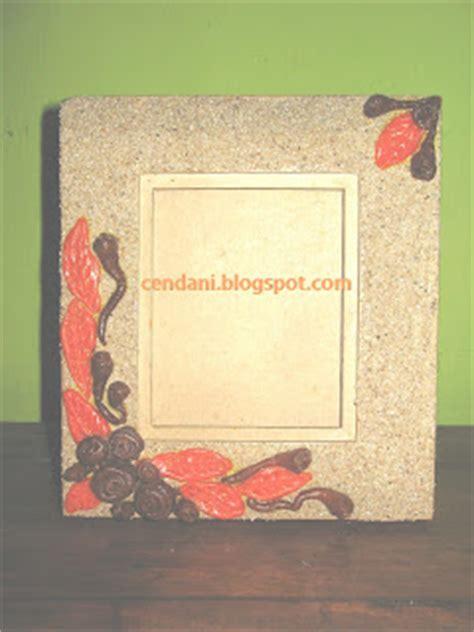 kerajinan bunga kering buatan tanganmu sendiri kreasi frame foto dari tepung dan pasir 3r at1