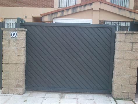 puertas garajes automaticas puertas correderas madrid autom 225 ticas garajes guadalajara