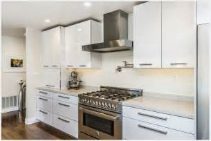High Gloss White Cabinets 2015 Modern Kitchen Furnitures High Gloss White Lacquer