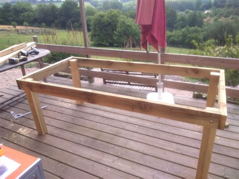Table Patio En Bois by 46 Ides Dimages De Construire Une Table De Jardin