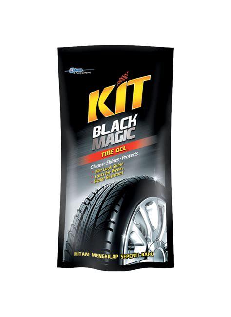 Kit Black Magic Untuk Membersihkan Dan Mengkilapkan Ban Mobil Dan Mot 1 kit black magic tire gel pch 200ml klikindomaret