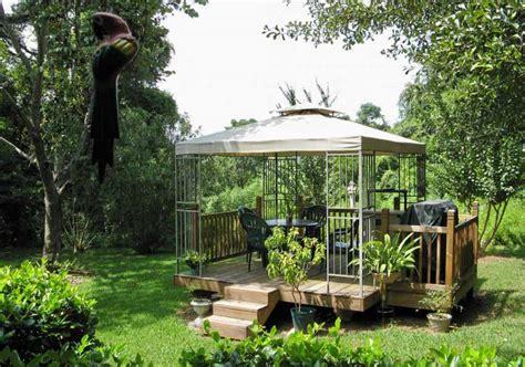 desain mushola kayu 60 desain gazebo minimalis bambu dan kayu desainrumahnya com