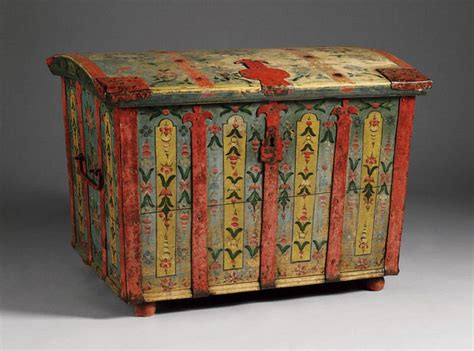 swedish painted furniture the 25 best ideas about painted toy chest on pinterest