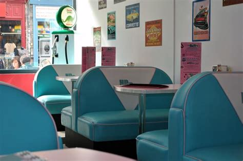 American Diner Decorations by Hd Diner Lille 50s Retro Decor From Bars And Booths