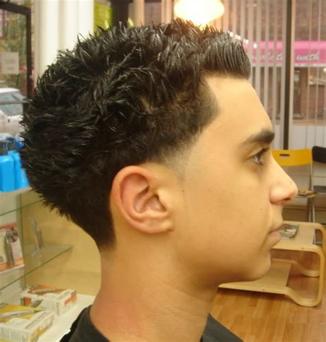 short hair blowouts 12 short blowout haircut designs for men 2016