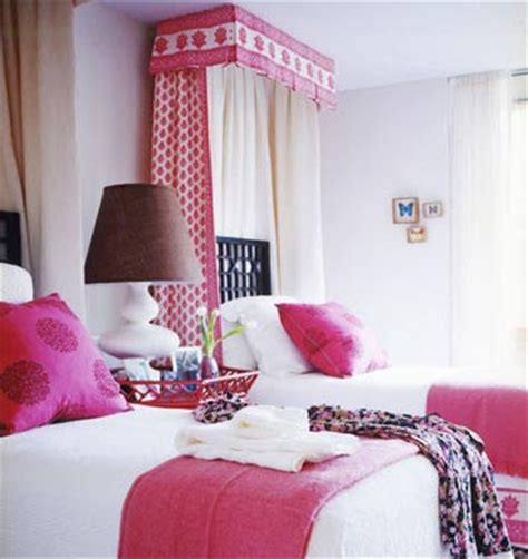 cute twin beds how do i love thee two cute twin beds