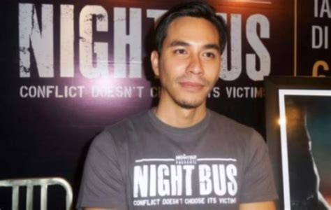 film night bus adalah film night bus wujud mimpi darius sinathrya buat