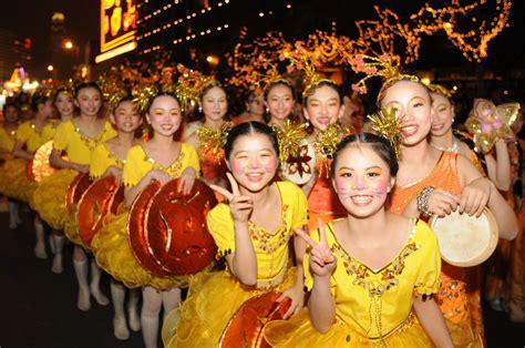 new year customs in hong kong customs to follow at new year in hong kong