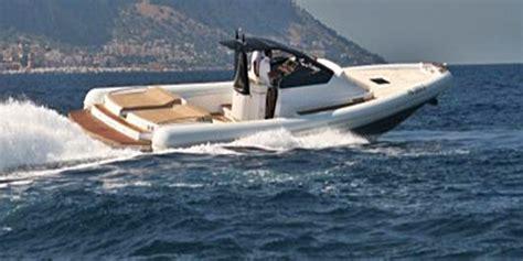 gommoni cabinati di lusso magazz 249 mx 13 il gommone di lusso yacht e vela