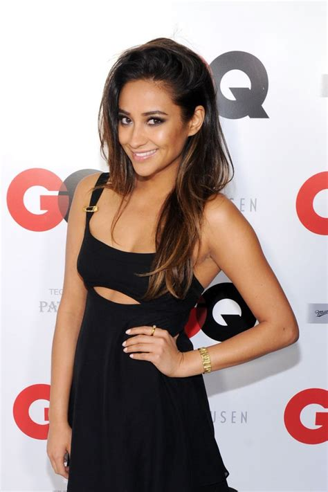 shay mitchell 2014 hair shay mitchell at gq 2014 super bowl party in new york