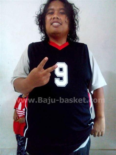 Harga Desain Baju Basket Sendiri by Mereka Tersenyum Puas Bikin Baju Basket Desain Sendiri