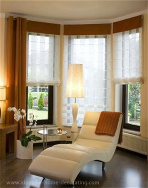 Bay Window Curtains For Living Room by Bay Window Treatment Ideas The Simplest Way To Maintain