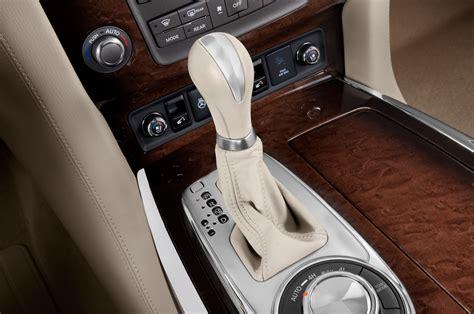 2014 Infiniti QX80 Gearshift Interior Photo   Automotive.com