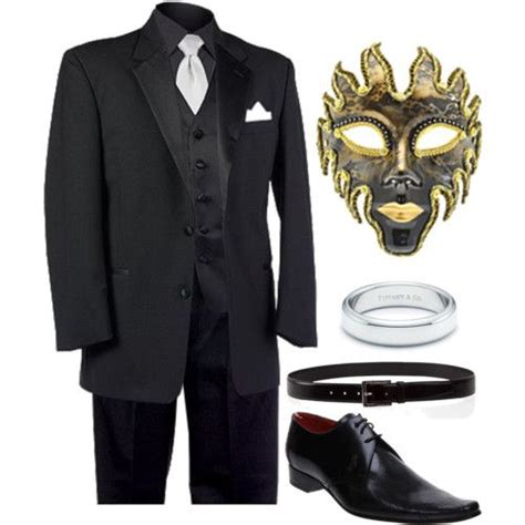 10 Masks To Match Your Black Dress by 1000 Ideas About Masquerade On