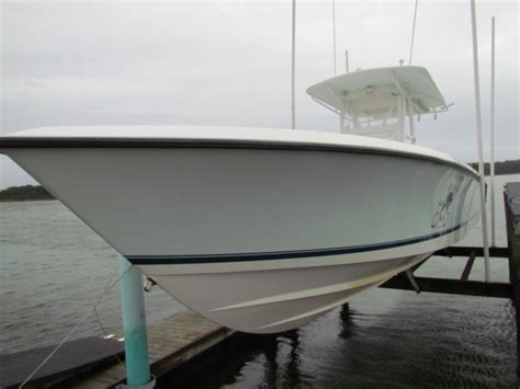 boat with no bottom paint 33 contender 2006 triple yamahas hard top no bottom paint