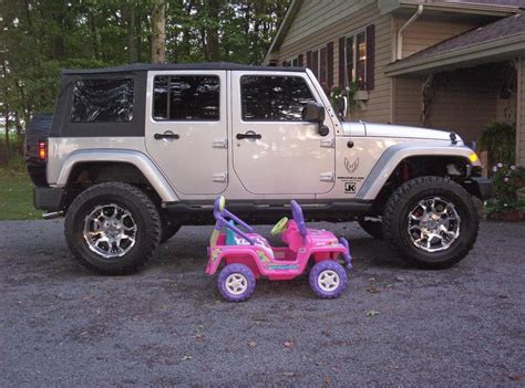 stock jeep vs lifted jeep lifted vs stock jk forum com the top destination for
