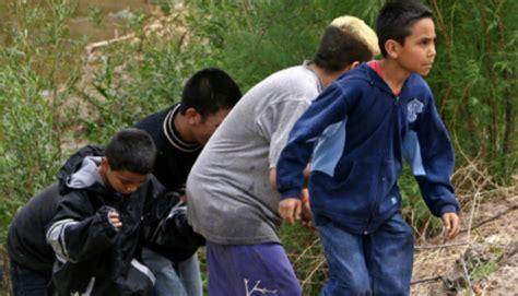 illegal kids pics obama administration delivered illegal immigrant children