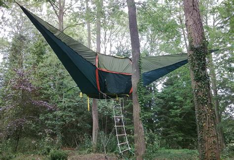 hanging tent it s no ewok but it ll do tentsile hanging tents geekologie
