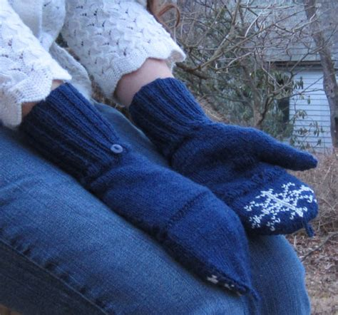 snowflake pattern knitted mittens pdf special snowflake mittens knitting pattern by katebellando