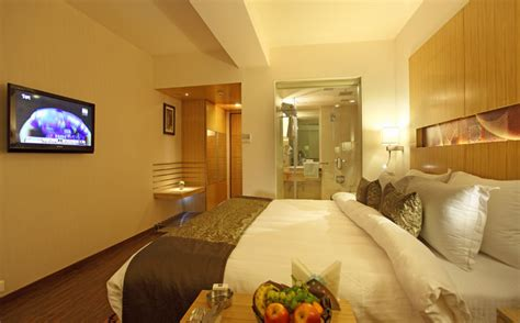 comfort suites rooms hotels in rajkot home welcome to hotel comfort inn