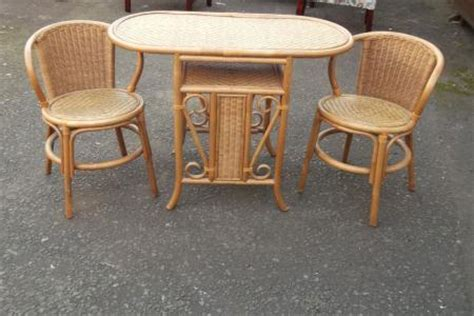 Wicker Kitchen Table And Chairs Small Kitchen Wicker Table And 2 Chair Set Antique Saleroom