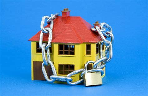 ipoteca casa ipoteca casa rette non pagate per 72 mila il comune