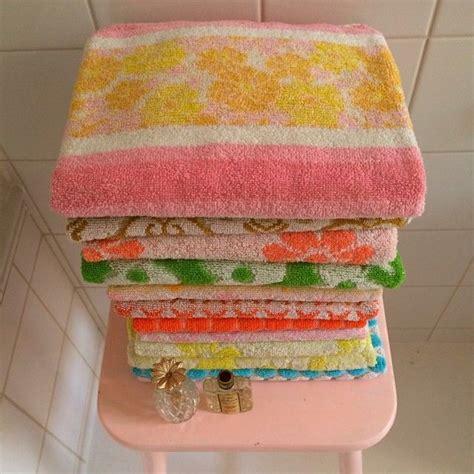 vintage pattern towels 25 best ideas about bath towel decor on pinterest