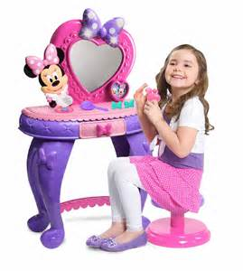 Vanity Set For 3 Year Disney Minnie S Bowdazzling Vanity Toys