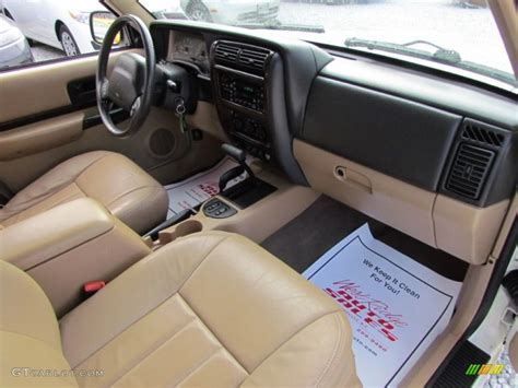 classic jeep interior 1999 stone white jeep cherokee classic 4x4 61027321 photo