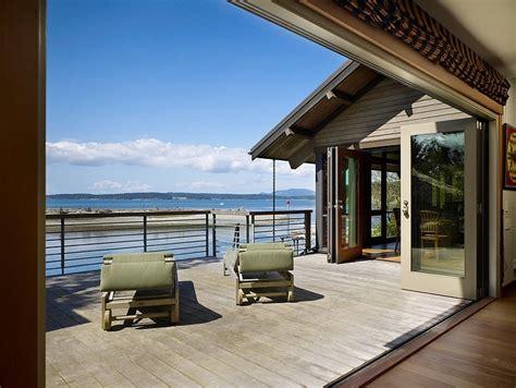 graham baba architects fachada de casa con elementos r 250 sticos en washington por