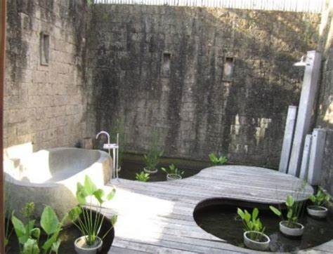 it s time for a clean up 31 backyard showers rustic and beautiful