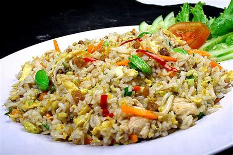 membuat nasi goreng dengan minyak wijen resep dan cara membuat nasi goreng ikan asin gurih lezat