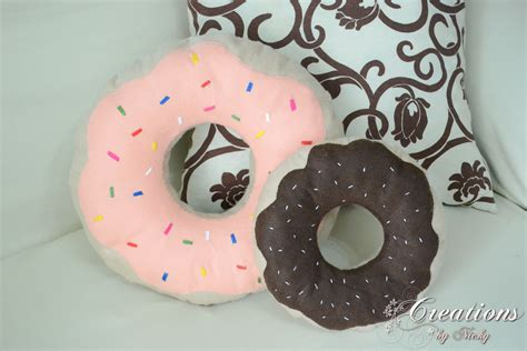 cuscini ciambella creations cuscino ciambella donuts
