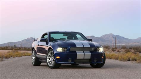 Hw Sc 2014 146 Black F1 Racer 2014 shelby gt mustang aims at budget conscious buyers