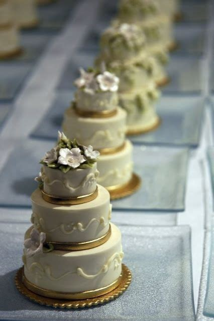 Individual Wedding Cakes by 887 Best Cake Design Mini Cakes Petit Fours Images On