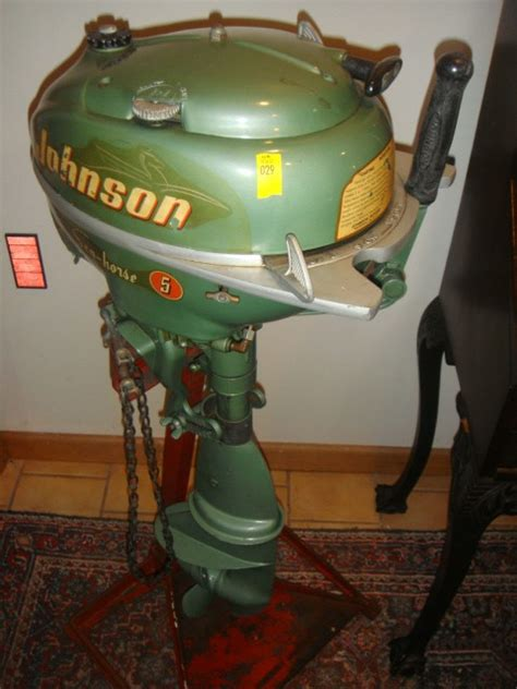 old johnson boat motors 29 vintage johnson boat motor lot 29