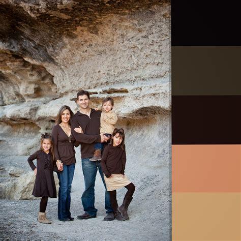 the artistry of elizabeth homan fall family portrait