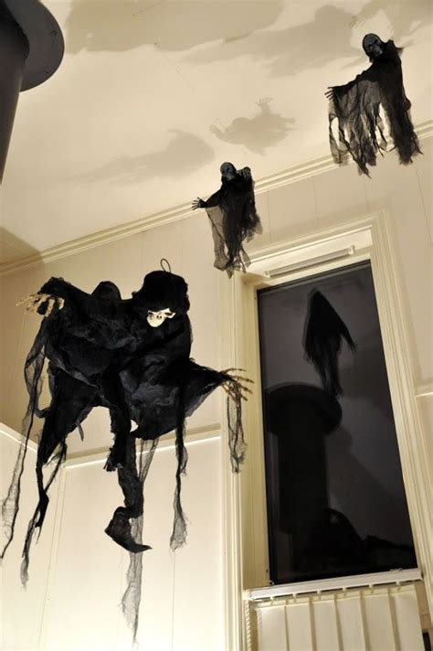 harry potter house decor 40 awesome halloween indoor d 233 cor ideas digsdigs