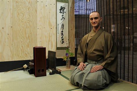 Tyas Kimono meeting tyas from the tea crane