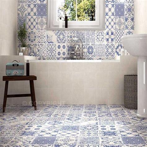 model harga keramik dinding kamar mandi minimalis