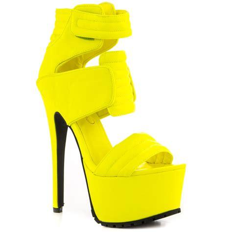 Sneaker Wedges Yellow Trendy Elegan designer yellow heels is heel
