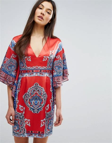 Look Kimono Dresses Couture In The City Fashion by Comino Couture Comino Couture Printed Kimono Dress With