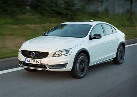 volvo india images volvo s60 cross country india price specifications images